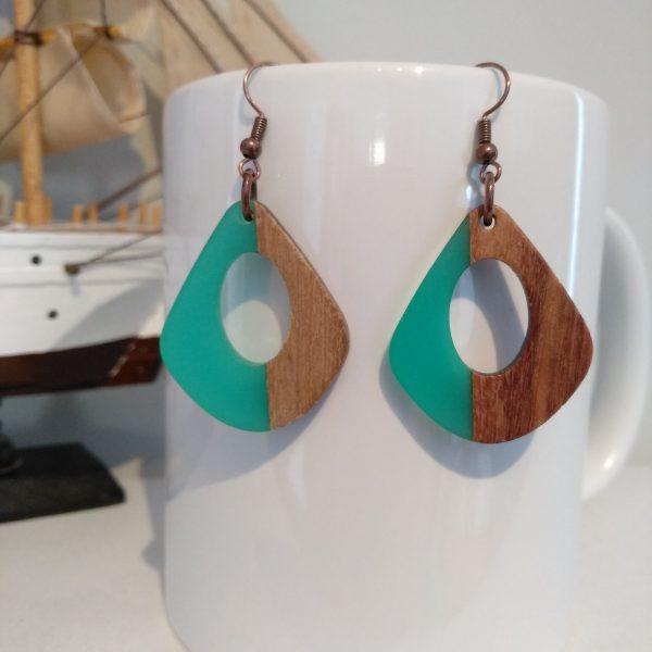 σκουλαρίκια με ξύλο & ρητίνη